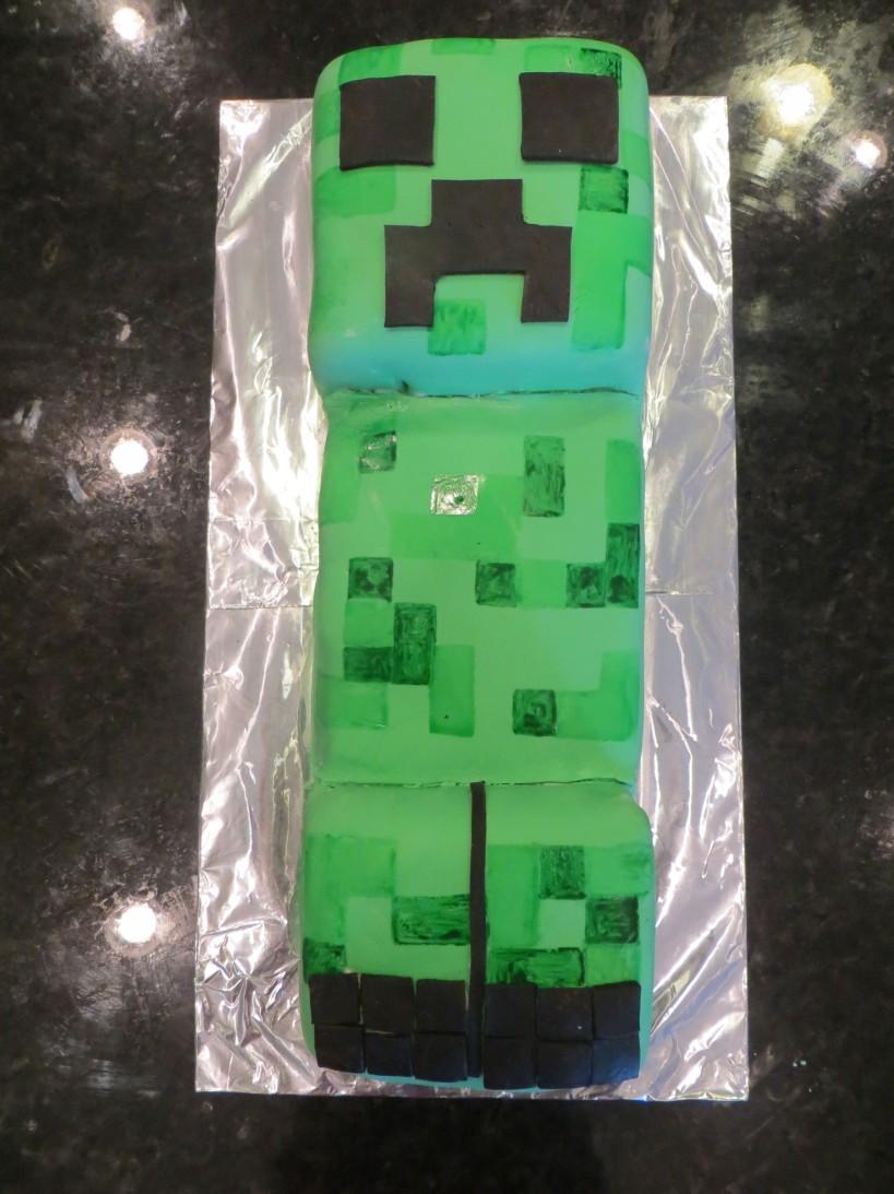 Creeper cake 13